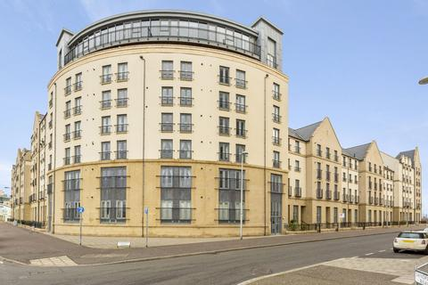 3 bedroom flat for sale - FLAT 4, 50 NEWHAVEN PLACE, EDINBURGH, EH6 4TG