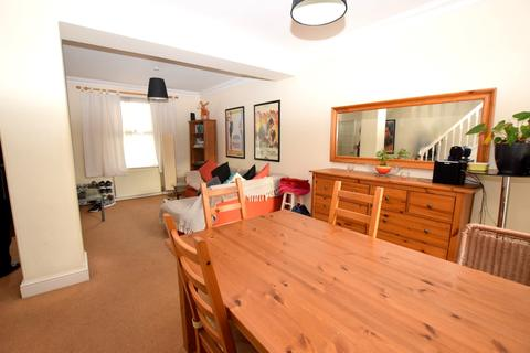 3 bedroom terraced house to rent - Chandos Road, Stratford E15