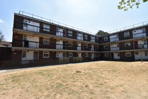 1 bedroom flat for sale - Jago Close London SE18
