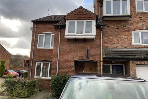 3 bedroom apartment for sale - Kensington Court, Wilmslow, SK9