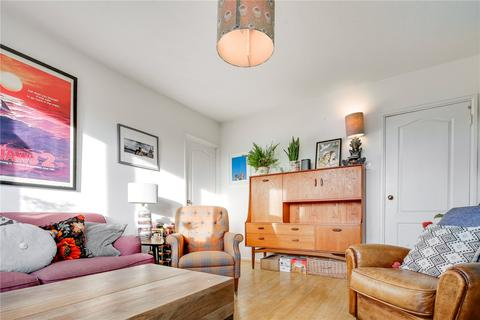 2 bedroom flat for sale - Ranwell Close, Beale Road, London, E3