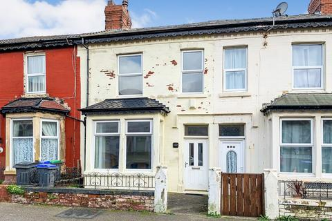 4 bedroom detached house to rent - St Heliers Road,