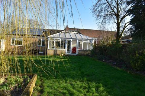 4 bedroom semi-detached bungalow to rent - Great Whelnetham, Bury St. Edmunds