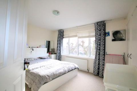 2 bedroom maisonette for sale - Turnpike Link, East Croydon