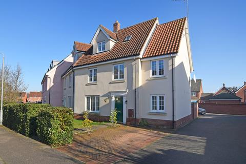 4 bedroom semi-detached house for sale - Deas Road, South Wootton
