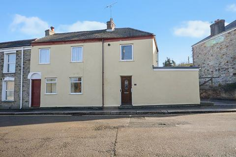 2 bedroom end of terrace house for sale - Albert Place, Truro
