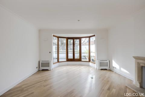 4 bedroom detached house to rent - Grove End Road, St Johns Wood