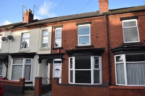 3 bedroom terraced house to rent - Derrington Avenue, Crewe, Cheshire