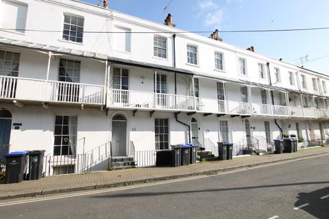 1 bedroom ground floor flat to rent - Warwick Road, Worthing