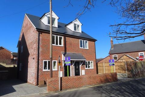 3 bedroom semi-detached house to rent - Paddock Wood