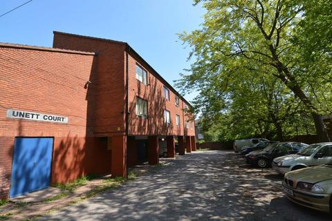 Studio to rent - St Matthews Road, Smethwick
