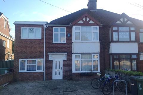 6 bedroom house to rent - Newmarket Road, Cambridge,