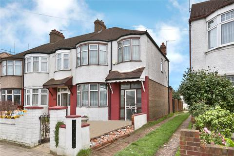 3 bedroom semi-detached house - Bury Street, London, N9