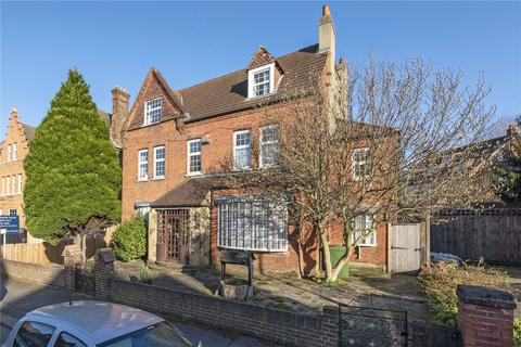 7 bedroom detached house for sale - Thirlmere Road, London, SW16