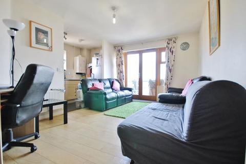1 bedroom apartment to rent - Harry Close, Croydon