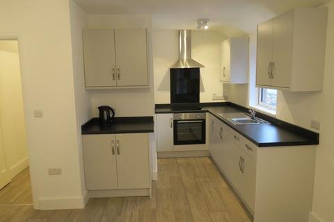 3 bedroom flat to rent - The Flat, 34 High Street