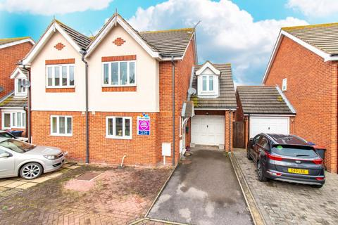 3 bedroom semi-detached house for sale - Oyster Close, HERNE BAY