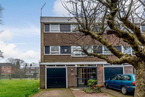 4 bedroom townhouse for sale - Elmsleigh Avenue, Stoneygate, Leicester, Leicestershire