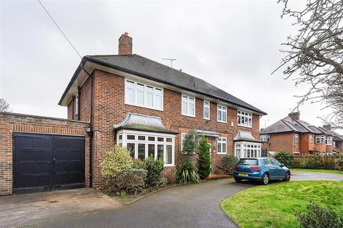 4 bedroom detached house to rent - West Hill Road, SW18