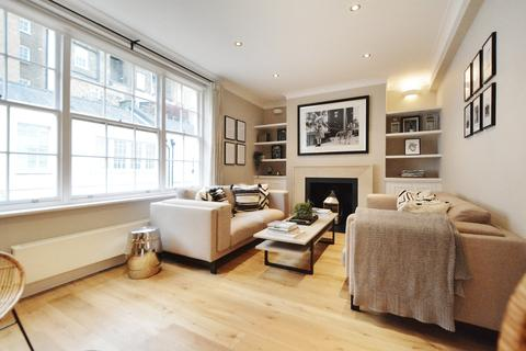 3 bedroom terraced house to rent - Eaton Mews South, London, SW1W