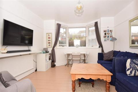 2 bedroom ground floor flat for sale - Seabrook Road, Hythe, Kent