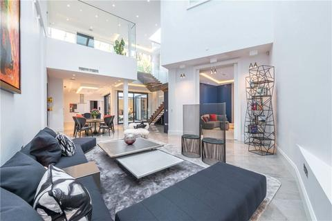 3 bedroom detached house for sale - East Heath Road, London, NW3