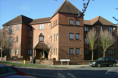 2 bedroom flat to rent - Kimbolton Road