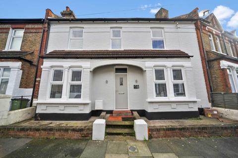 3 bedroom terraced house for sale - Roydene Road, London