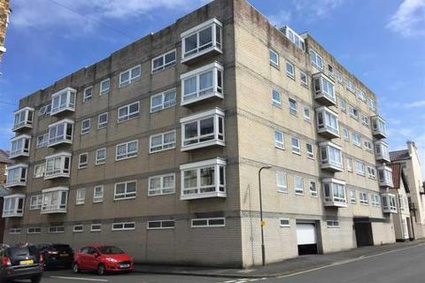 2 bedroom apartment to rent - Melville Court, South Crescent Road, Filey YO14
