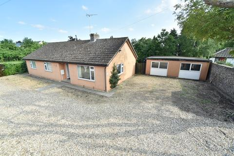 3 bedroom bungalow to rent - Beeches Road, West Row, Bury St. Edmunds, Suffolk, IP28