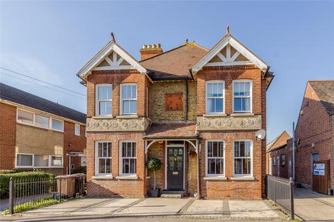 2 bedroom maisonette for sale - Main Road, Broomfield, Chelmsford, Essex, CM1