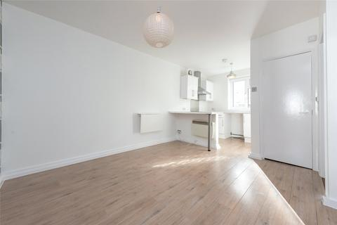 1 bedroom apartment to rent - Warfield Yard, Warfield Road, London, NW10