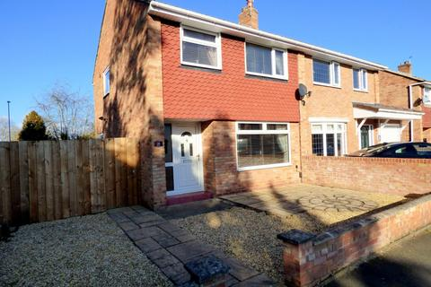 3 bedroom semi-detached house for sale - Linnet Court, Stockton-On-Tees, TS20