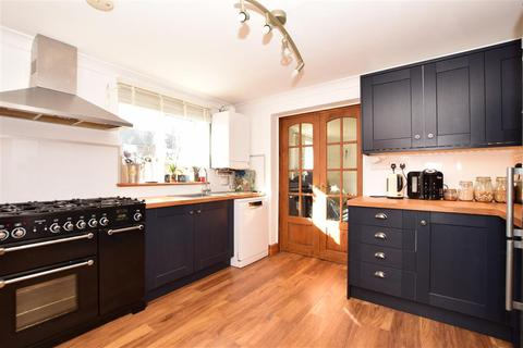 4 bedroom end of terrace house for sale - Nettlefield, Kennington, Ashford, Kent