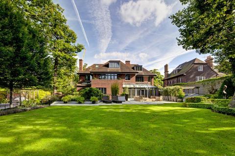 7 bedroom detached house for sale - Courtenay Avenue, London N6