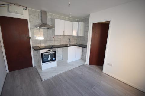 1 bedroom flat to rent - 62 London road SO15