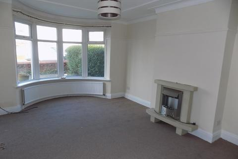 3 bedroom terraced house to rent - 101 Knowle Avenue , Blackpool  FY2 9UU