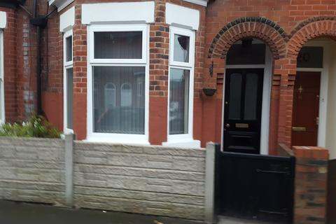 3 bedroom terraced house to rent - Woodlands Road, Gorton, Manchester M18