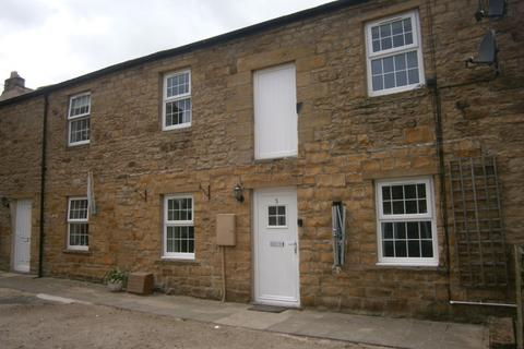 2 bedroom terraced house to rent - Crown Court, Haltwhistle, NE49