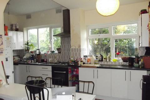 7 bedroom detached house to rent - Park Range, 7 Bed, Rusholme, Manchester