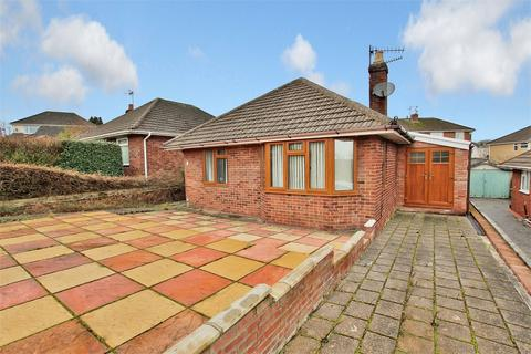 2 bedroom detached bungalow for sale - Hurford Place, Cyncoed, Cardiff