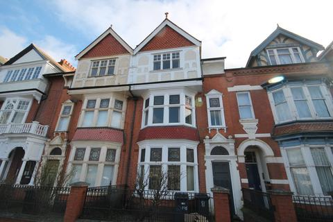 5 bedroom townhouse to rent - Fosse Road South, Leicester