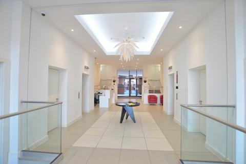 2 bedroom penthouse for sale - Wellington Street, Slough