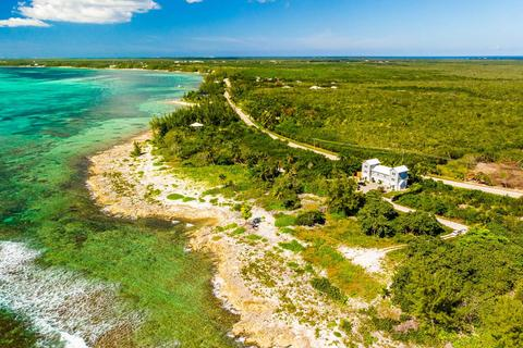 House - Half Moon Bay, East End, Cayman Islands