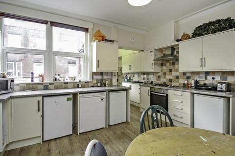 5 bedroom terraced house to rent - Headingley Mount
