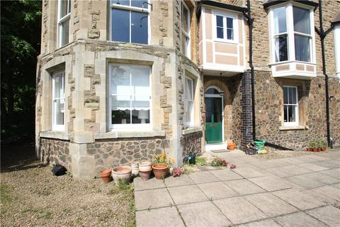 2 bedroom apartment to rent - Leamington Court, Wells Road, Malvern, Worcestershire, WR14