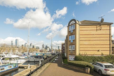2 bedroom apartment for sale - Transom Close, Surrey Quays