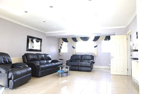 2 bedroom end of terrace house for sale - Ash Grove, Yiewsley, West Drayton