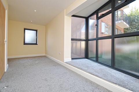 2 bedroom detached house to rent - Kimberley Avenue Peckham SE15