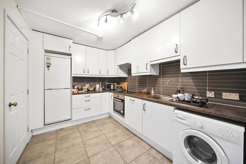 2 bedroom flat to rent - Gloucester Terrace, LONDON, W2